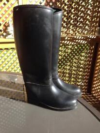 TOGGI Riding Boots size 4 1/5