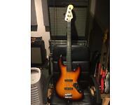 Squier Jazz Bass - Fretless Vintage Modified