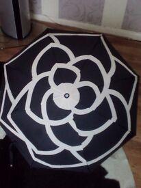 Chanel umbrella with gift box and bag