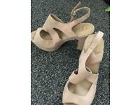 new look size 6 beige sandal with wide heels wide fitting