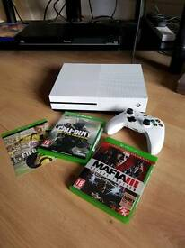 Xbox One S Console Bundle 500GB White with 3 Games