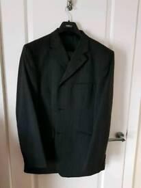 ***REDUCED*** Men's ZANELLI designer 2 piece suit