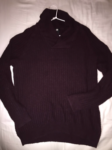 H&M Burgundy Sweater (M) Keilor Brimbank Area Preview
