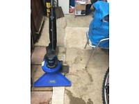 Garden vacuum