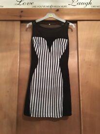 Black & white dress size 6 £5