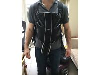 Babybjorn carrier- miracle, black
