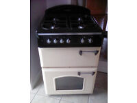 Leisure Gourmet Classic GR6GV-MKII cooker in cream