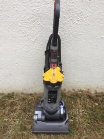 Dyson DC33 hoover - STILL AVAILABLE - wookey near wells in Somerset