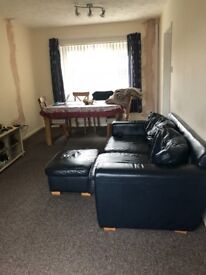 Newly decorated 3 bedroom property available to rent from 1st May 2018