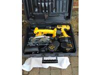 Dewalt Drill DW997, Circular Saw DW936, batteries and case