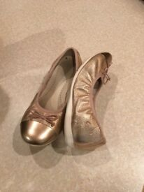 Girls Clarks 13F leather rose gold party shoes
