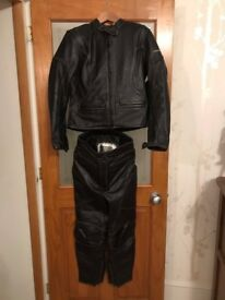 Ladies Frank Thomas 2 piece motorcycle leathers