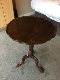 Vintage mahogany pie crust occasional table