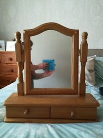 Pine standing mirror with 2 drawers