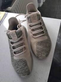 Adidas Tubular Shadows size 4