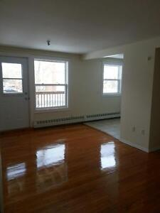 FAIRVIEW 1 BEDROOM APARTMENT WITH BALCONY AVAILABLE MAY 1ST