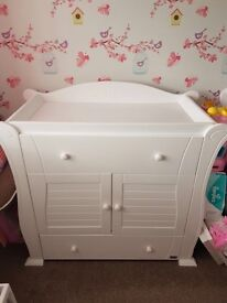 Tutti bambini Marie chest changer in white