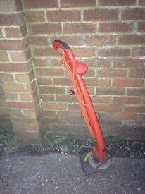 Grass trimmer £10