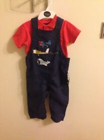 Marks & Spencer baby boys dungaree set brand new age 12-18 months.
