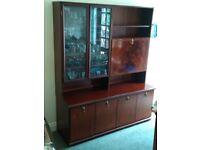 Dresser/ Display cabinet (07761713184)