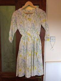 romantic dress size 6-8