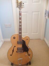 Peavey Rockingham, Gretsch style semi acoustic guitar.