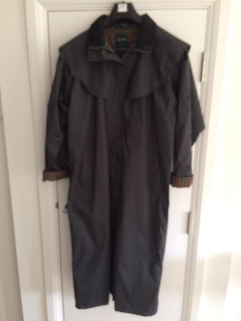 New Ladies Jack Murphy Waterproof Coat Size 10