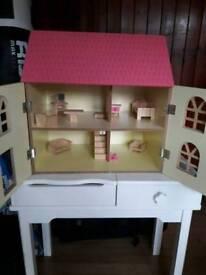 House dolls