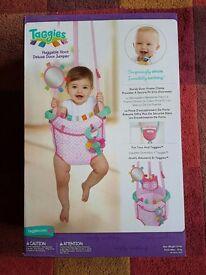 Taggies Huggable Hoot Deluxe Baby Door Jumper