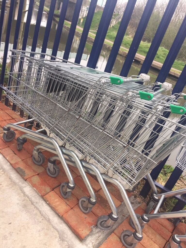 SHOPPING TROLLEYS BASKETS