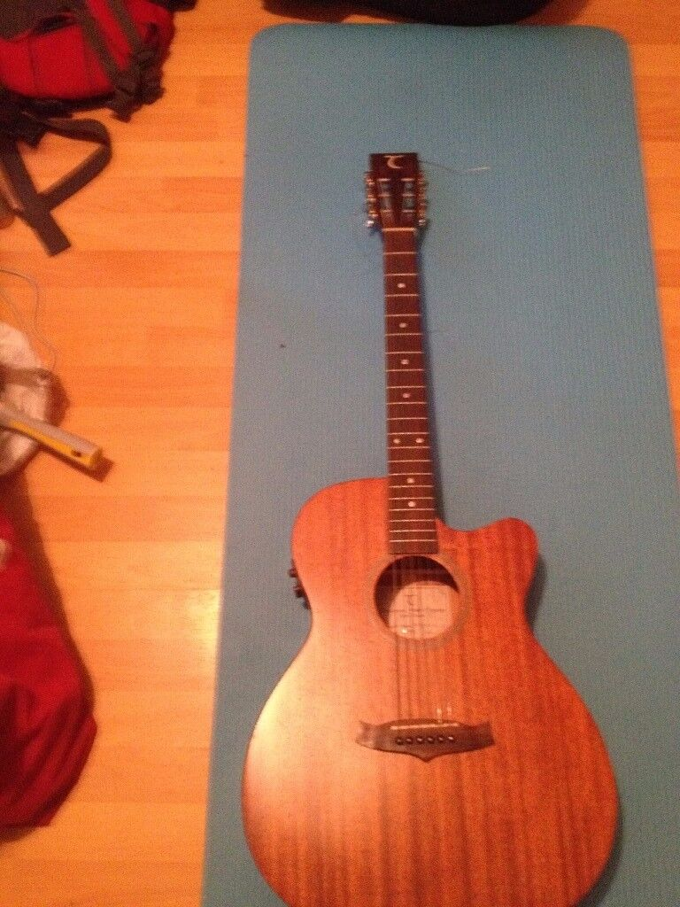ElectroAcoustic Solid Body Tabglewood Guitar