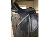 Black wintec cair saddle