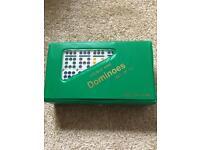 Set dominoes