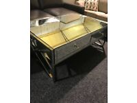 Large coffee table -mirrored-