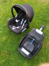 Maxi cosi Cabrio Fix and Base with all accessories including adapters for mothercare