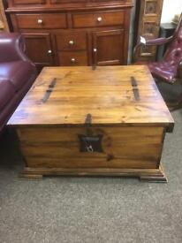 Rustic coffee table / trunk