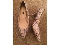 Moc croc heels wide fit size 5