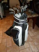Left handed golf club set