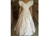Wedding dress excellent condition size 12 uk San Patrick collection