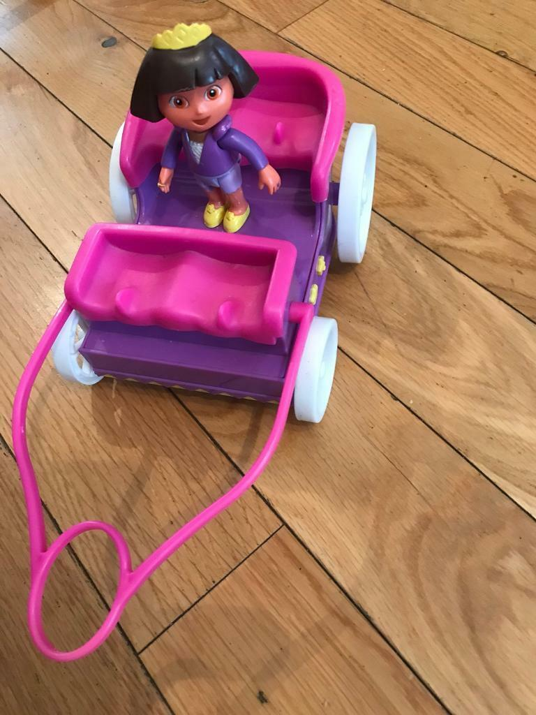 Dora The Explorer Figure and Carriage, great condition