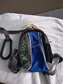 Toddler ruck sack brilliant condition also has handle so you can keep them safe