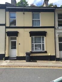 2 bedroom first floor unfurnished recently refurbished flat near Torquay town center.