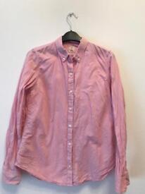 Pink gap women's shirt size XS