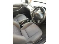 Ford Focus 5dr, 1999, low mileage, colour silver, great condition BARGAIN!