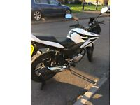 For Sale Honda 125cc CBF. 2010. New M.O.T £900.00 o.n.o great condition