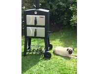 3 IN 1 BARBEQUE / PIZZA OVEN/ SMOKER