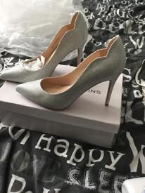 Silver sparkly shoe size 6