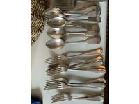 Boxed mixed job lot of silver plate cutlery