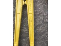 Hand tools £20
