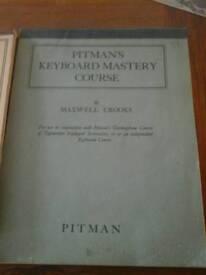 2 x Vintage Pitmans Keyboard Course a typewriting